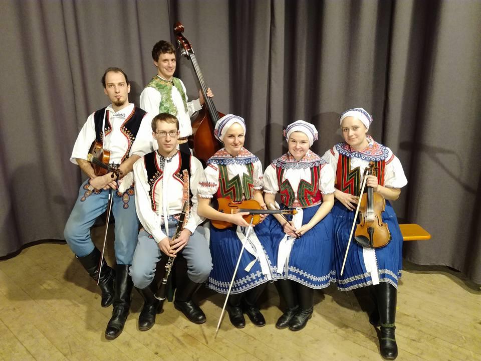 Žánrová pestrost na Besedě: folklor vedle experimentálního industriálu
